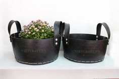 Flower pots made of recycled tire