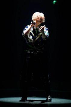 """「浦島坂田船、""""この4人だからこそ""""実現できた夢の武道館ワンマンをレポート」の関連画像12/16です。 The Faceless, Japanese Boy, Cover Songs, Vocaloid, Singer, Concert, Boys, Image, Baby Boys"""