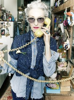 Linda Rodin is so amazing. look how she layered a polk-a-dot blouse over a denim shirt – she managed to be covered up and sexy all at once.