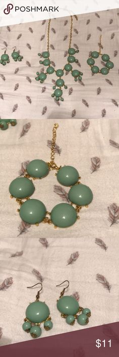 3 piece bubble jewelry set Gold and sea foam green bubble jewelry set. It includes a pair of earrings, a necklace and a bracelet. It is in EUC and has been worn twice. Jewelry