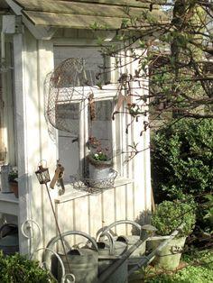 Landliebe-Cottage-Garden: Gartenhäuschen