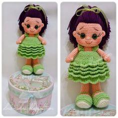 Elma Şekeri El Sanatları Atölyesi: Amigurumi Bıcırık Bebek / Yeşil Elbiseli amigurumi doll