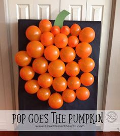 It's Written on the Wall: 33 Fun Halloween Games, Treats and Ideas for your Halloween Party, Pop goes the Pumpkin, Halloween balloon game, Pumpkin Balloons, Party Games, DIY Party Game, Orange balloons, Halloween party games