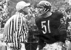 Dick Butkus - Chicago Bears with www.myshamrocklimo,com Bears Football, Nfl Bears, Nfl Football Players, Football Memes, Chicago Bears, School Football, School Sports, 49ers Players, Nfl Photos