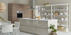 IKEA VOXTORP -keittiö kauniin maanläheisissä sävyissä