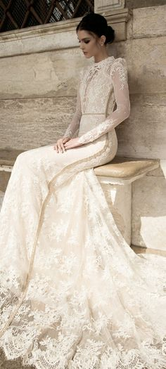 Wedding Gown 5 Winter Wedding Must Haves - A Long Sleeve Wedding Dress - 5 Winter Wedding ideas and must haves for a unique and utterly unforgettable wedding. Wedding Dress Sleeves, Long Sleeve Wedding, Lace Sleeves, Lace Dress, Vera Wang Wedding Dress Lace, Lace Chiffon, Sleeve Dresses, Mod Wedding, Dream Wedding