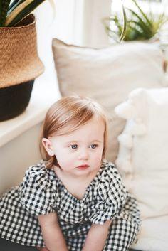 #gingham #babystyle #babyfashion #babygirlstyle #babyphotography Sweet Dress, Baby Girl Fashion, My Baby Girl, Gingham, Little Girls, How To Wear, Toddler Girls, Little Girl Fashion, Baby Girls