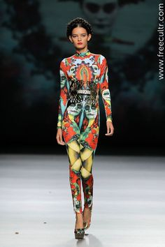 Maya Hansen showed a truly mesmerizing collection. Bold, creative and full of colours, that's exactly the fashion we love!