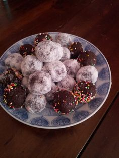 cake balls .... if you try one you will not stop until finish all of them