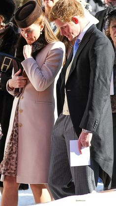 Kate Middleton, Duchess of Cambridge at the wedding of Mark Tomlinson and Laura Bechtolsheimer in Arosa, Swiss Alps on March 2013 Prince George Alexander Louis, Prince William And Kate, William Kate, Prince Harry And Meghan, Princess Kate, Princess Charlotte, Kate And Harry, Kate Middleton Style, Duke And Duchess