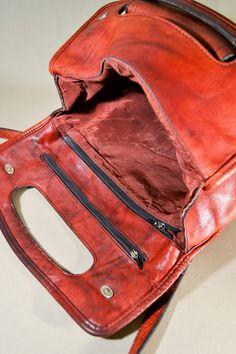Vintage '70ties Leather Burgundy Colored Bag by AllVintageBags