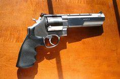 S&W 44 Magnum