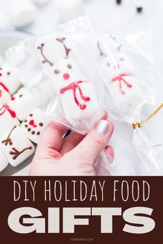 50 Christmas Food Ideas for budget friendly homemade holiday food gifts for friends and family for the holidays. Homemade holiday food gifts are an easy way to save money this holiday season and give DIY holiday gifts that everyone on your Christmas list will love. Rather than spending money on pre-made Christmas food gifts, I love to make my own DIY Christmas gifts with these easy Christmas food ideas for gift giving. These food recipes makes gifting quick, easy and totally budget friendly. Christmas Food Gifts, Diy Holiday Gifts, Handmade Christmas Gifts, Homemade Christmas, Simple Christmas, Diy Gifts, Christmas Crafts, Party Ideas, Gift Ideas