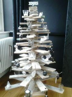 Kerstboom van sloophout
