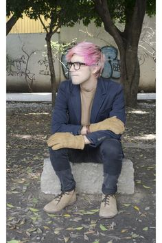 Candy Warhol (Dents UK Collab), pink hair man