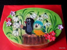 Krtko - obrázok je maľovaný na marcipáne