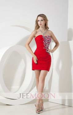 Sheath/Column Strapless Short/Mini Red Satin Party Dress