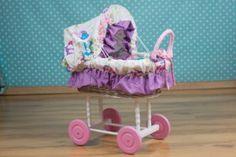 Wiklinowy wózek dla lalek - Trafiony prezent