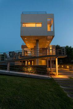 Haus Bau-moderne Architektur-weiße Fassade