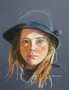 """Portret studie """"De blauwe hoed"""" op wit 40 x 30 cm op blauw Pastel papier - available"""