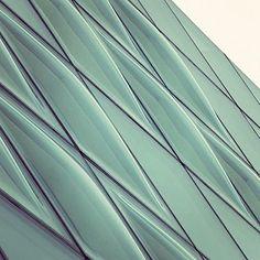 Architecture  (Hiroshi Endo: Modern architecture of Tokyo, via3inches)