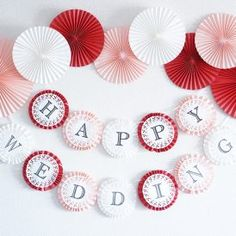 【パーティーアイディア&DIY】ペーパーファンでパーティーをより華やかに!<br>|by OIWAI LABO Birthday Decorations At Home, Diy Party Decorations, Paper Rosettes, Paper Flowers Diy, Eid Crafts, Diy And Crafts, Hello Kitty Birthday, Paper Crafts Origami, Birthday Balloons
