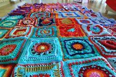 CCC cal van 2014 patronen hier te vinden in nederlandss. Little Wendy crochet: granny square