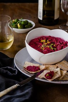 This Egyptian Beetroot Dip recipe combines spices like cumin coriander and cinnamon and a dollop of yogurt with roasted garlic. Its a beautiful and addictive vegetarian dip that is far too easy to devour! Vegetarian Main Dishes, Vegetarian Recipes Dinner, Vegan Dinners, Vegan Recipes, Dinner Recipes, Delicious Recipes, Corn Dip Recipes, Bhg Recipes, Appetizer Recipes