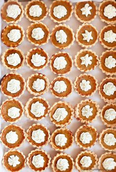 Mini Pumpkin Pie Recipe NO evaporated milk. Simple and organic recipe on YummyMummyKitchen.com  #organic #food