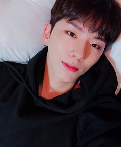 Read SELCA from the story YOO KIHYUN(✅) by (Lenn) with 422 reads.Just A random kihyun's selca. Monsta X Kihyun, Jooheon, Hyungwon, Yoo Kihyun, Shownu, Wattpad, Fanfiction, Korean Boy, Im Changkyun