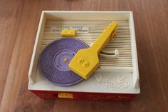 Custom records for Fisher-Price record player printed on a printer. 70s Toys, Retro Toys, Vintage Toys, Madame Alexander, Childhood Toys, Childhood Memories, 3d Printing Industry, Fisher Price Toys, Digital Fabrication