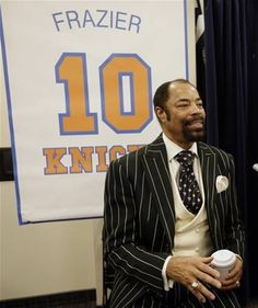 Hall-of-Famer Walt Clyde Frazier Basketball Baby, Basketball Workouts, Basketball Players, Tall Clothing, Luxury Clothing, Walt Frazier, Ebony Magazine Cover, Hoop Dreams, Big And Tall Outfits