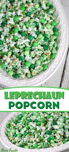 A fun St. Patrick's Day Popcorn Recipe for you. Dubbed Leprechaun popcorn, it is an easy to make green and White Chocolate Covered Popcorn snack. (school snacks for kids st patrick) Fete Saint Patrick, Sant Patrick, St Patrick Day Snacks, St Patricks Day Food, St Patricks Day Snacks For School, School Snacks, Slow Cooker Desserts, Holiday Treats, Holiday Recipes
