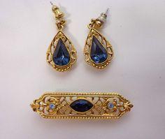 Rhinestone 1928 Brooch Earrings Set Gold Tone Victorian Style Dangle Pierced 836 by JellyBellyJewels on Etsy