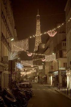 Décorations de Noël dans les rues de Paname