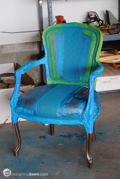 Pimp my furniture..  spray paint chair!