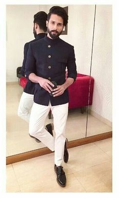 Best indian outfits for men! Styling ideas for men | how to dress | look good always | outfits for men | the men's blog | looks for men | great looks for men | look good for less | street style | bollywood fashion | mens fashion | #mensfashion #Stylingideasformen #howtodress #lookgoodalways #outfitsformen #looksformen #greatlooksformen #indowesternoutfitsformen#lookgoodforless #streetstyle #mensblog #shahidkapoor