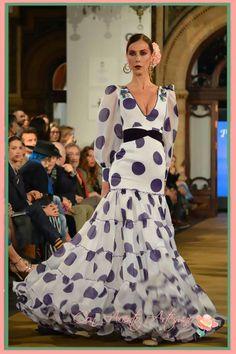 Flamenco Dresses, Flamenco Costume, Evening Gowns, Virginia, Stripes, Costumes, Retro, Fashion, Bowrider
