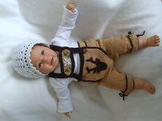 Crochet Baby Pants, Knit Crochet, Knitting Patterns, Crochet Patterns, Lederhosen, Baby Socks, Baby Booties, Baby Knitting, Super Cute