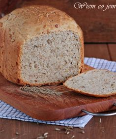 Wiem co jem - Chleb słonecznikowy z automatu Bread Maker Recipes, Polish Recipes, Calzone, Banana Bread, Food And Drink, Healthy Recipes, Healthy Food, Lunch, Homemade