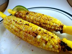 Marking My Territory Camp Recipe: Cheesy Southwestern Corn on the Cob Foil Packet Corn Dishes, Veggie Side Dishes, Vegetable Sides, Vegetable Recipes, Corn Recipes, Side Dish Recipes, Easy Recipes, Dishes Recipes, Kitchens