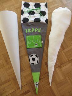 Schultüten - Schultüte Fussball, Schultüte Fußball Stoff - ein Designerstück von Fischers-Schaetze bei DaWanda