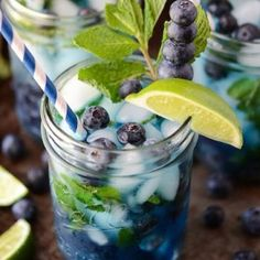 Blueberry Fresh Mint Detox Water.Ingredients:4 lemons,juiced 1 tbsp of agave nectar,2 large bunches of mint,woody stems removed 3 cups water 1 cup of fresh blueberries 3 cups ice cubes 4 lemons,halved Directions 1.Combine the lemonade concentrate,lemon juice,agave and mint in a large bowl.Muddle the mint. Pour into a large,clear pitcher(at least 1 gallon).Add water and let rest in the refrigerator for at least 3 hours.2.Before serving,add blueberries,lemon halves and ice cubes to the…