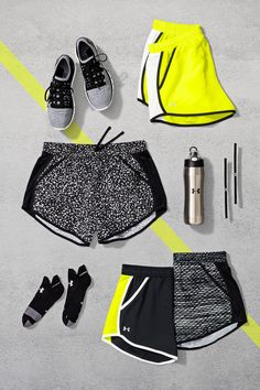 Ready to break records. The Under Armour Fly-By Short will help you look, feel and perform better than ever. Made with a lightweight fabric and pockets to stash your stuff, these running shorts will help you stay focused through every stride.