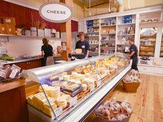 Beecher's Handmade Cheeses in Seattle, WA - Oh the temptation! Nom nom nom..