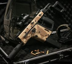 いいね!245件、コメント2件 ― Airsoft ProShop in Japanさん(@xbone_airsoft)のInstagramアカウント: 「KRYTAC KRISS VECTOR #krytac #krissvector #gun #paint #airsoft #krytacnation #krytacarms…」 Military Gear, Military Weapons, Kriss Vector, Submachine Gun, Assault Rifle, Airsoft Guns, Firearms, Hand Guns, Japan