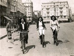 Cantones 1944 A Coruña..Spain Jose Martinez, Vintage Bikes, Old City, Old Pictures, Street View, History, Antiques, Relleno, Cities