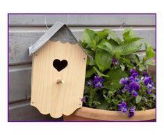 Nichoir bois et toiture zinc ouverture coeur petite frise festonnée en zinc : Accessoires de maison par rouge-lin-et-bois