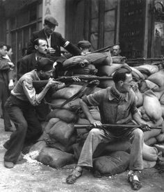 French Resistance - Robert Doisneau Photography