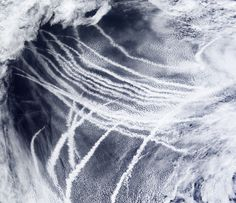 Ship-Tracks-Pacific-Ocean.jpg 4.892×4.224 piksel